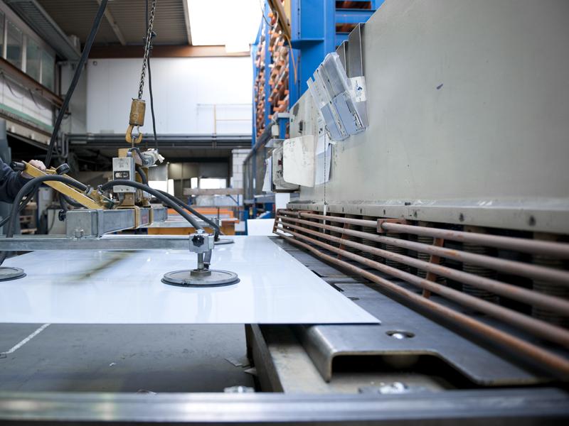 станок для рубки металла гильотиной